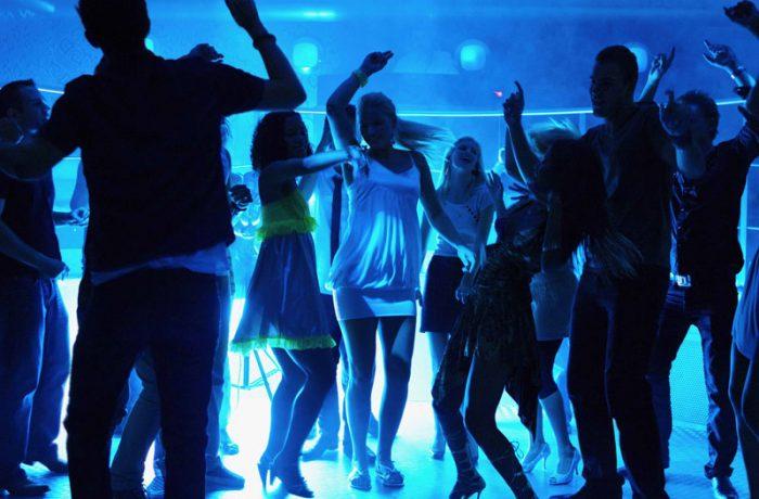 DJ & Dancefloor